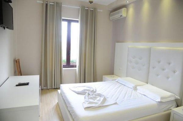 Univers Hotel egy szobája